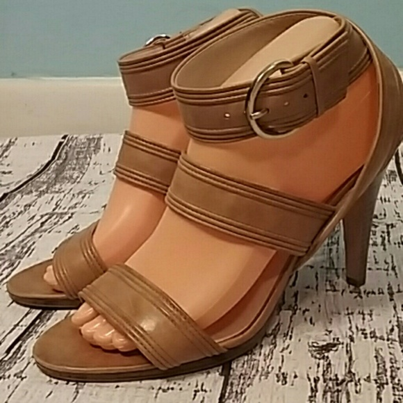 Max Studio Shoes - Max studio size 10 fine leather heels tal